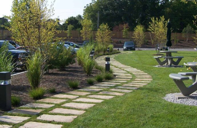 Commercial Landscaping-League City TX Landscape Designs & Outdoor Living Areas-We offer Landscape Design, Outdoor Patios & Pergolas, Outdoor Living Spaces, Stonescapes, Residential & Commercial Landscaping, Irrigation Installation & Repairs, Drainage Systems, Landscape Lighting, Outdoor Living Spaces, Tree Service, Lawn Service, and more.